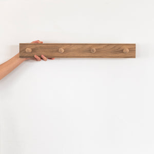 Oak Peg Rail / 4 Peg