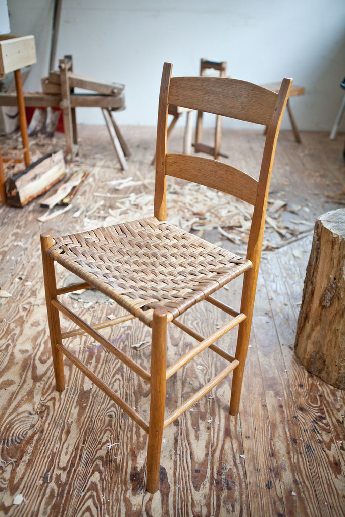 Video: Make a Chair from a Tree