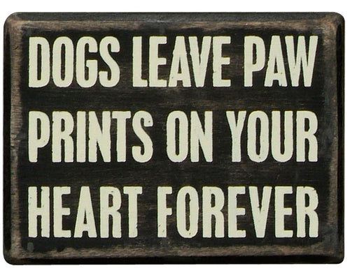 PK083 - 19129 Pk Box Dogs Paw Prints  4X3