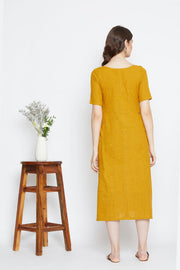 A relaxed silhouette perfect for summers