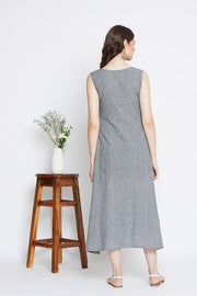 A solid grey dress made in cotton available on our online store.