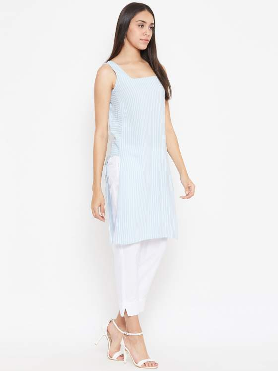 A sleeveless women's striped kurta in pastel blue