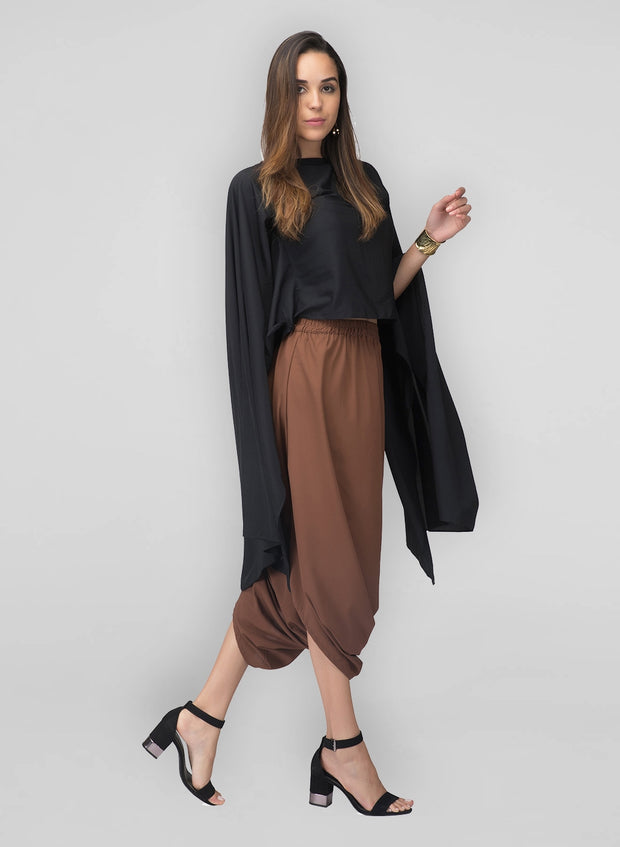 Step out in style wearing these lovely cowl pants with our flared top