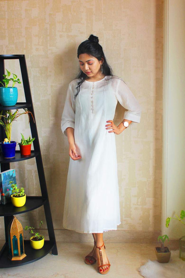 A cotton silk all white dress for women