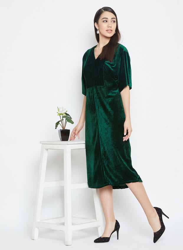 An autumn special - a velevt emerald green dress for cold nights and chilly days