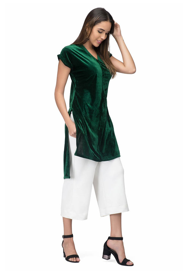 A relaxed fit winter kurta for evening galas during chilly nights