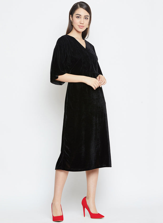 A black velvet midi dress for women who like being extra perfect for their date nights