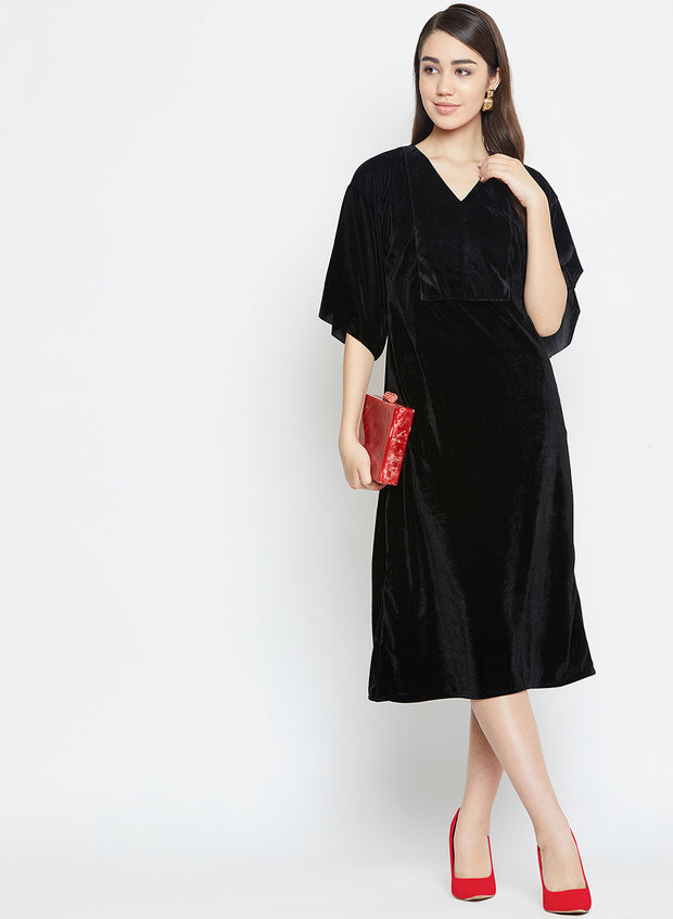 Color block your velvet dress for a chic date night look