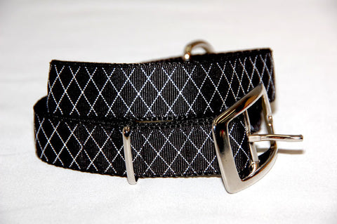 DOGzwear big dog collar, 1 inch wide black with white diamond pattern buckle collar.