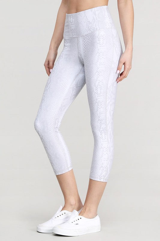 pale snake skin high waisted capri leggings mono b