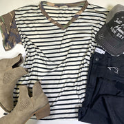 camo striped short sleeve contrast vneck top