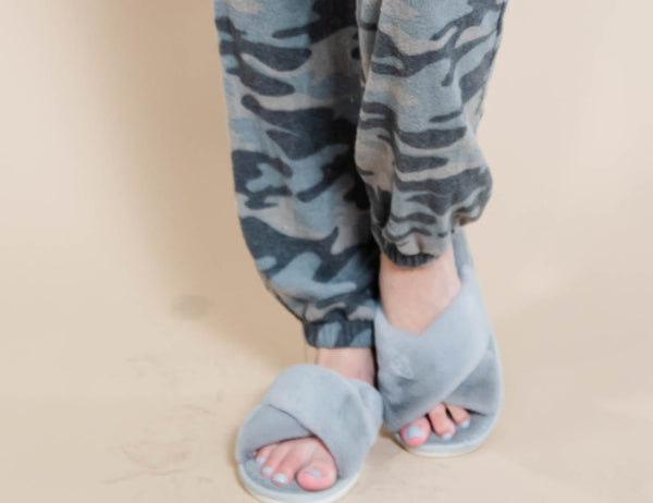 30 DAYS 30 DEALS: DAY 7 Super Soft Criss Cross Faux Fur Slippers, CLOTHING, Wanna B, BAD HABIT BOUTIQUE