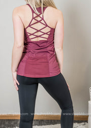 Lattice Performance Mesh Pocket Tank Top Deep Plum
