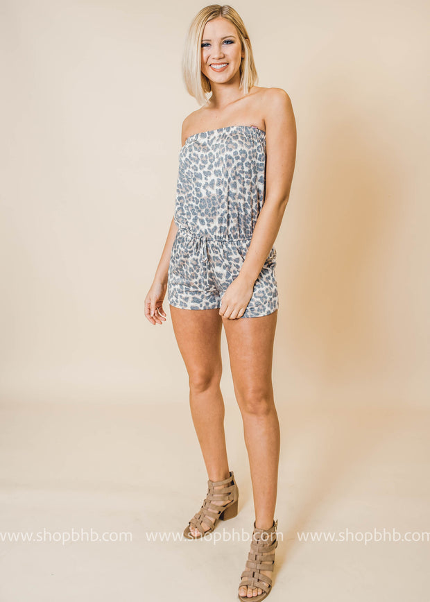 sleeveless cheetah romper with pockets