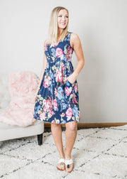 This navy floral midi dress is a great length perfect for Spring and Summer styling.
