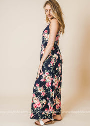 this navy floral tank maxi dress is truly adorable.