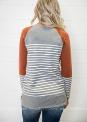 We are loving the style of this light weight quirky color block striped sweatere, even the back of this sweater is amazing.