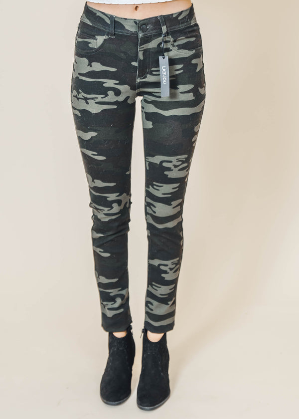 Putting the Edge in Camo Jegging -Final Sale, CLOTHING, Labijou, BAD HABIT BOUTIQUE