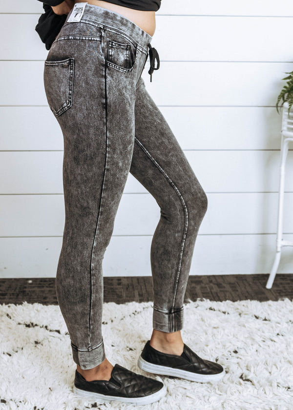 Jegging Joggers - Final Sale, CLOTHING, La Forme' Jeans, BAD HABIT BOUTIQUE