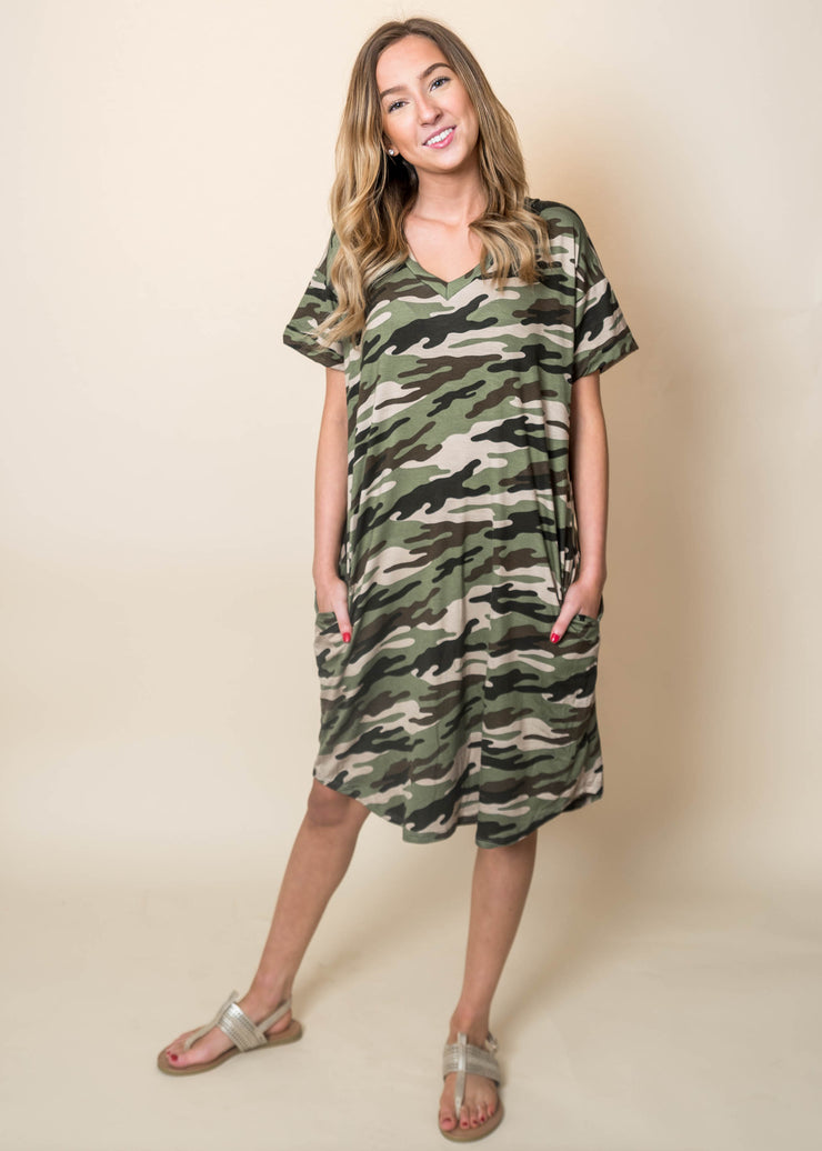 Camo Vneck S/S Dress with Pockets