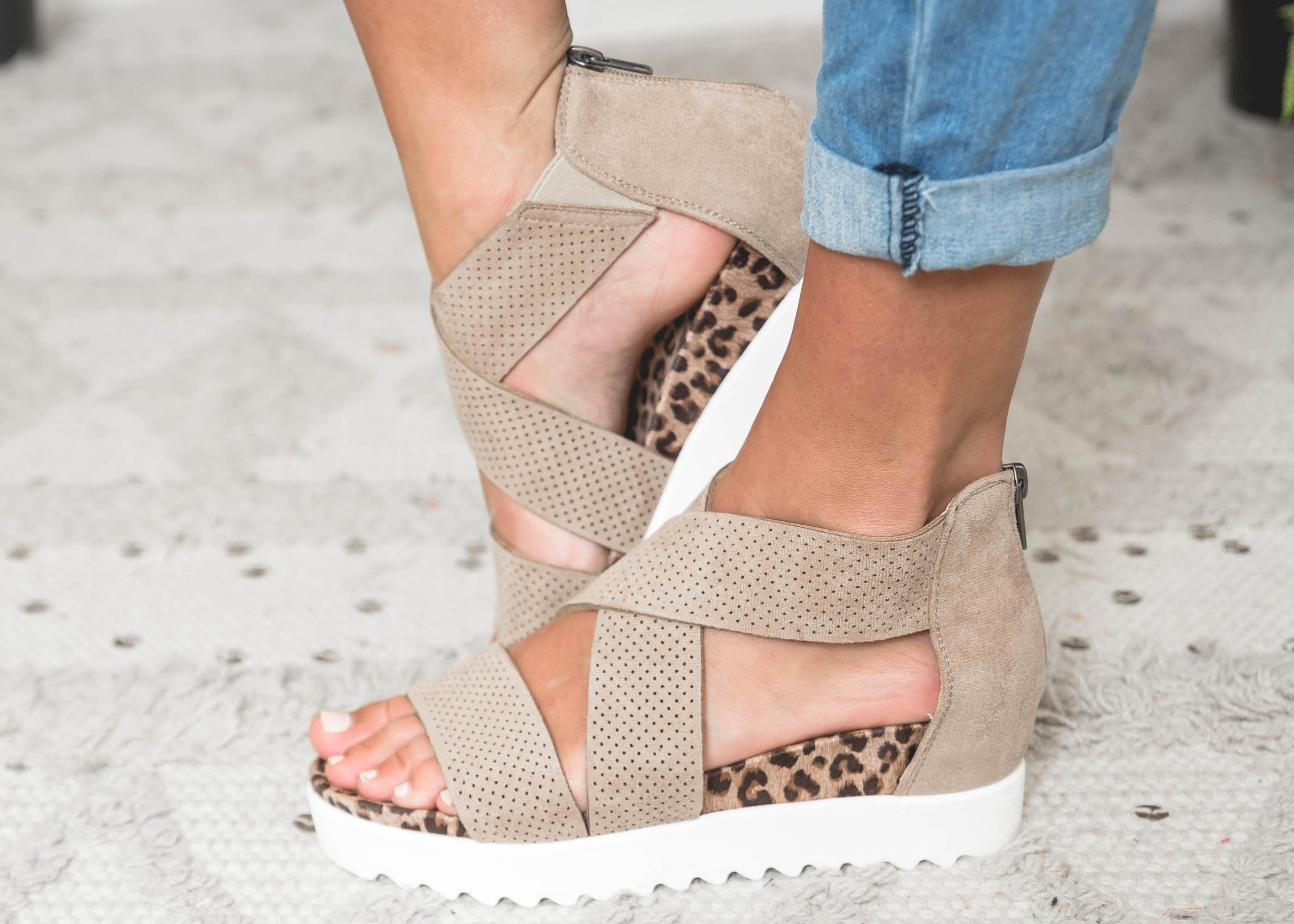 Very G-The Ace Wedge Sandal | FINAL