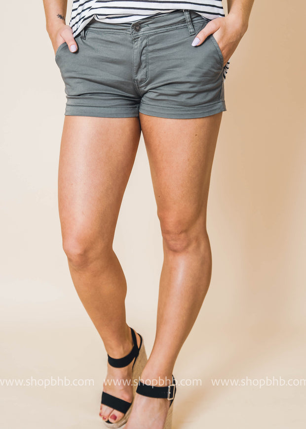 mid rise chino Kan Can shorts olive