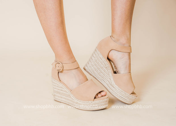 strappy Fabia nude wedge