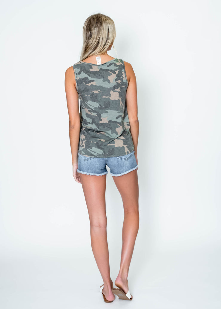 camo tank top for summer outfits