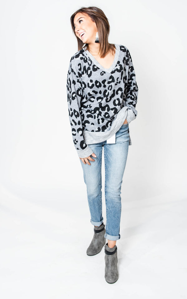 Leopard V-Neck Top- White Birch  | FINAL SALE, CLOTHING, White Birch, BAD HABIT BOUTIQUE