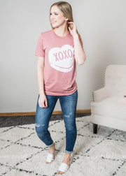 Mauve Valentine XOXO Candy heart short sleeve top with denim