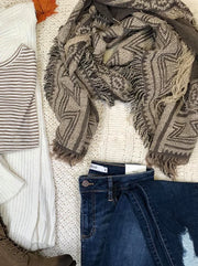 The mocha scarf is a perfect scarf for the neutral colors lover.
