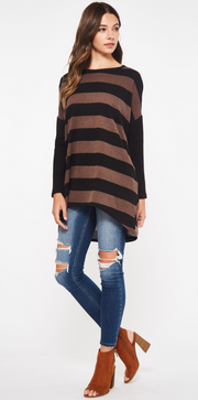 What is better than a top that goes with leggings? NOTHING! This striped tunic is a wardrobe must have.