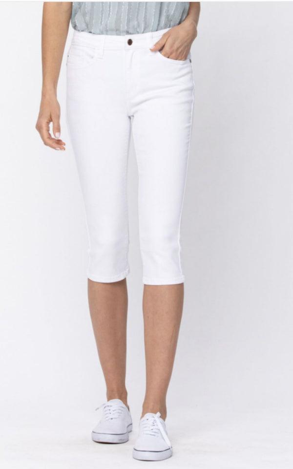 Walking on 30A White Capris by Judy Blue - BAD HABIT BOUTIQUE