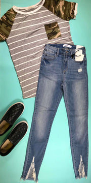 Cello Mid Rise Crop Skinny