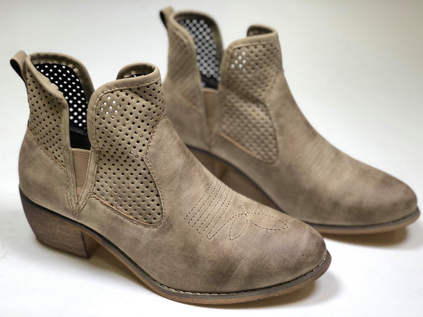 Rimini-05 Most Wanted Ankle Bootie - Pierre Dumas - BAD HABIT BOUTIQUE