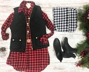 This boyfriend style buffalo plaid tunic is the perfect piece to wear with leggings!