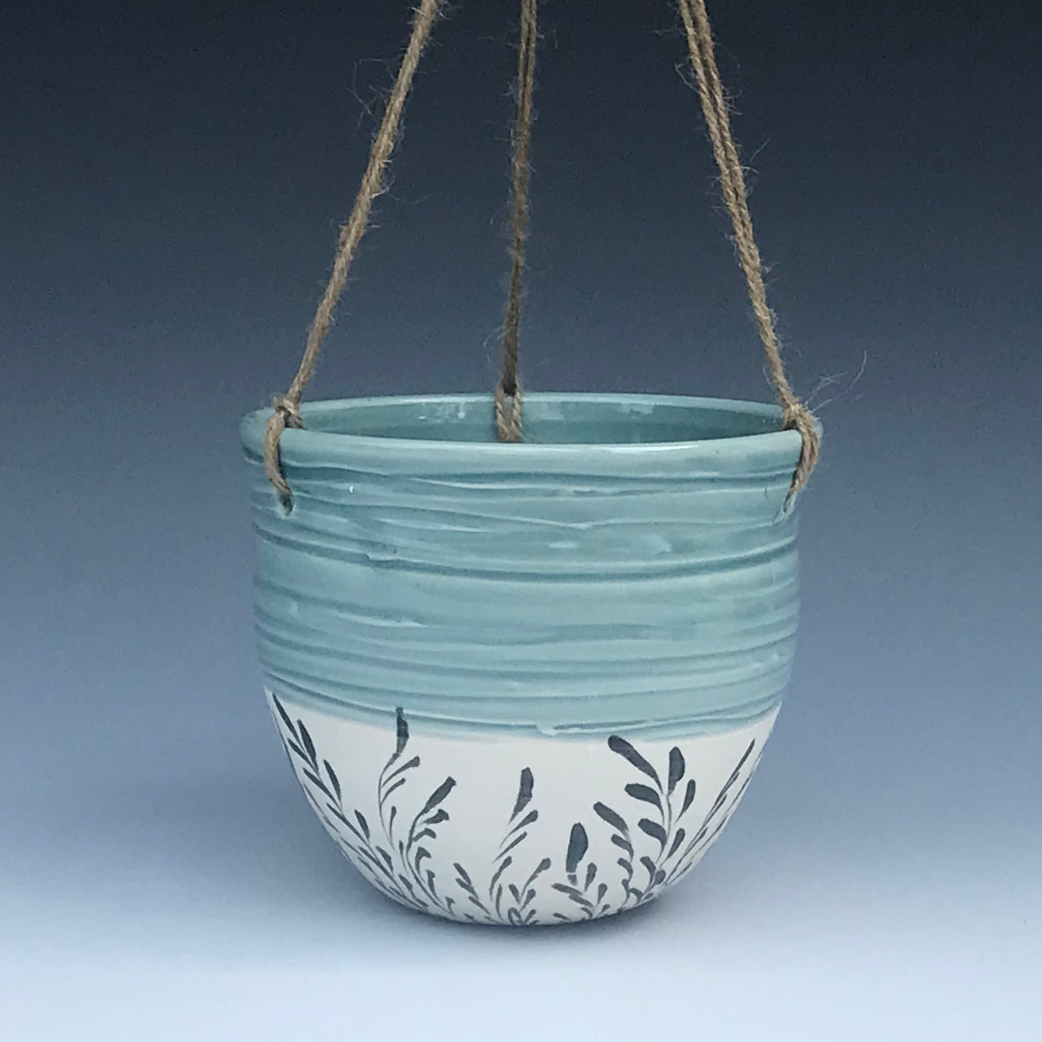 Sea Oats Hanging Planter
