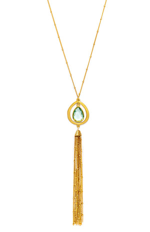 LONG TASSEL NECKLACE IN GREEN