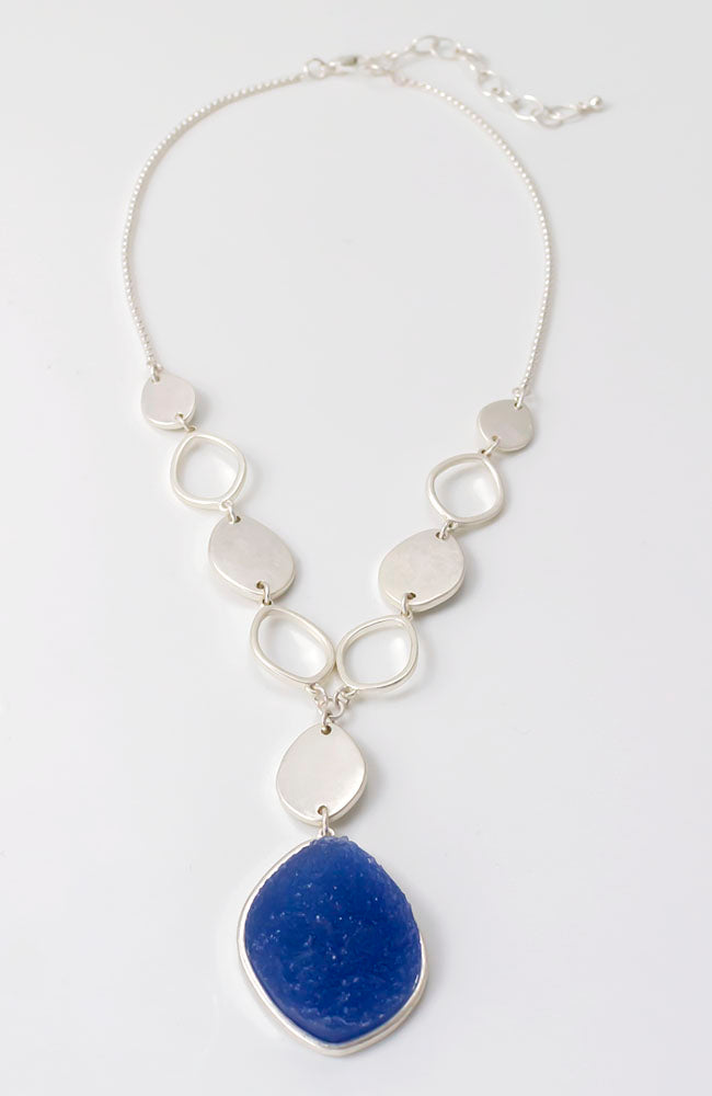 Y necklace with druzy stones and silver tone