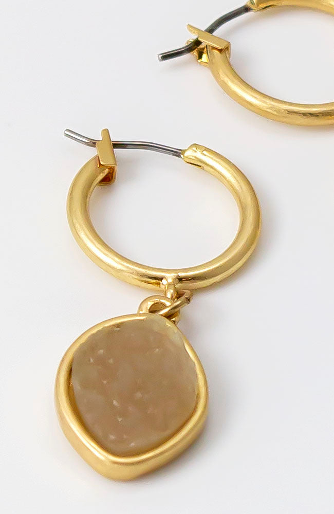 Hoop earring with drop in gold tone