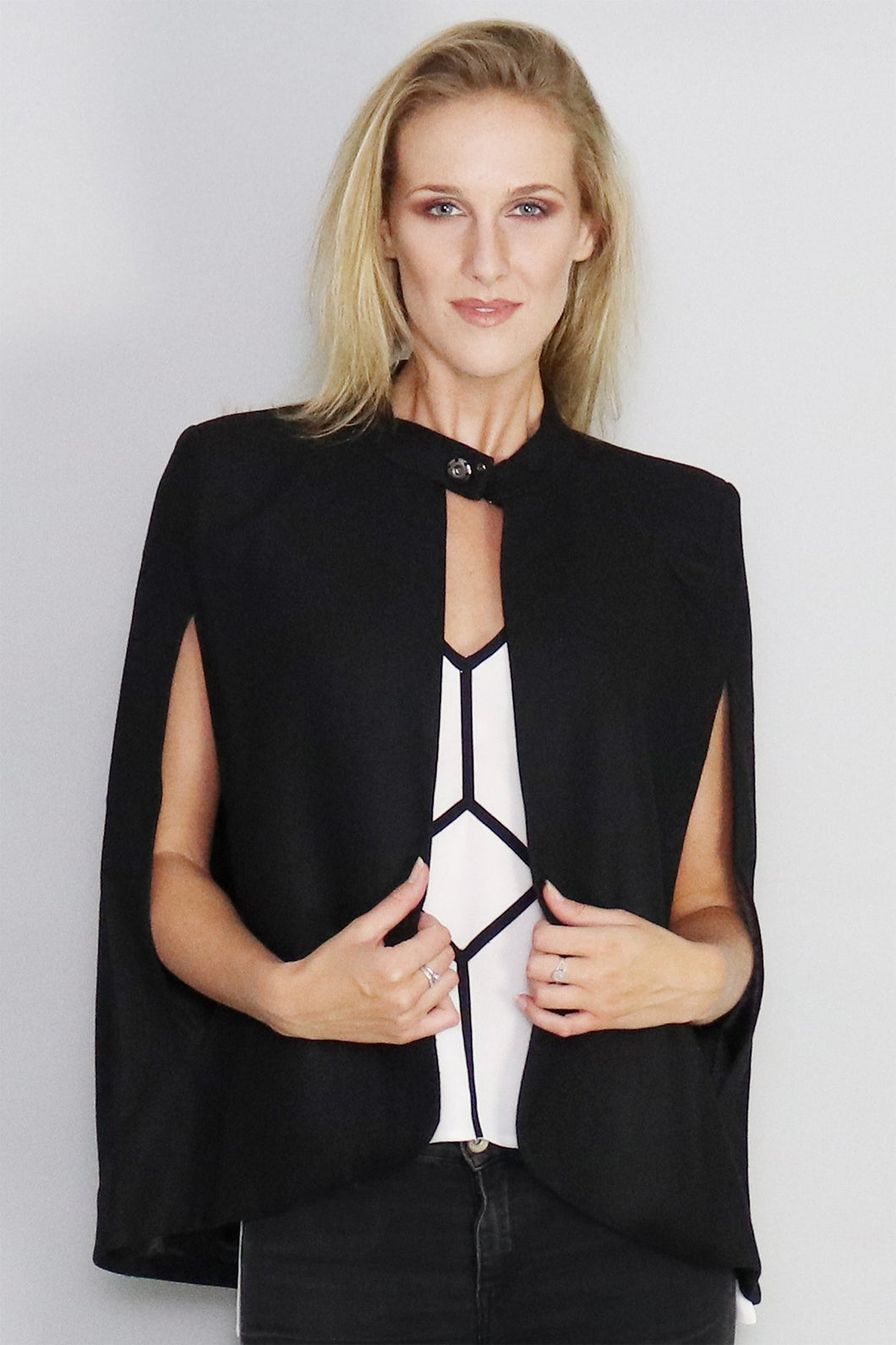 Valentina Structured Cape - Ann Et Craig