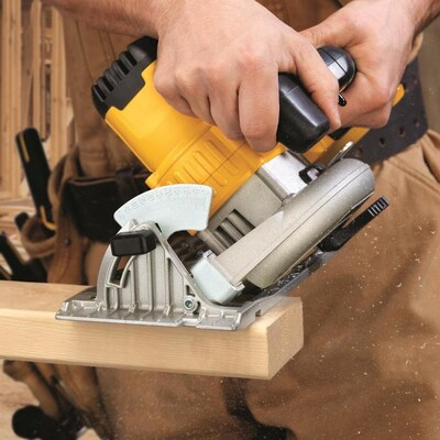 Image of DEWALT CIRCULAR SAW