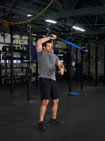 single arm mace 360 for core and shoulder strength