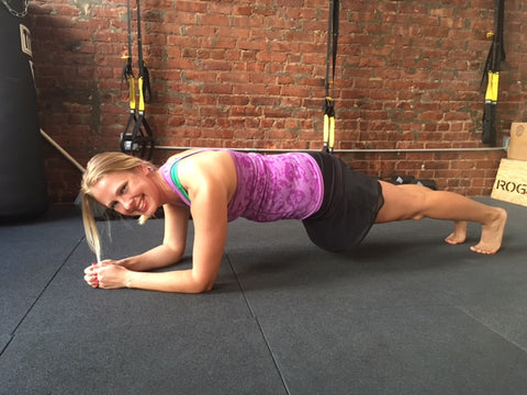 Angie Knudson NYC trainer showing the proper plank