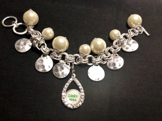 Beautiful LINKS Charm Bracelet of Elegance
