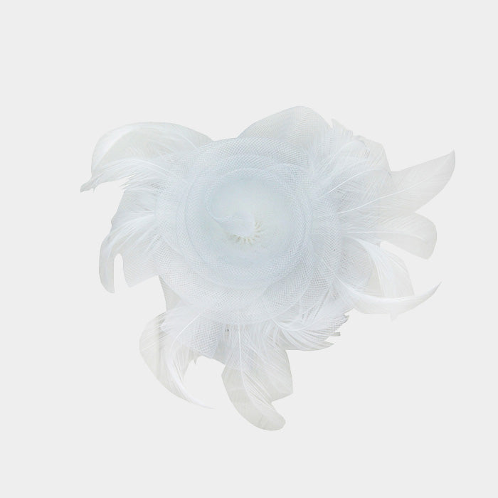 Beautiful White Rose Brooch or Fascinator (New)