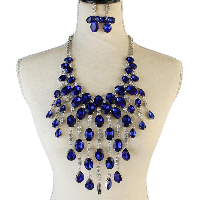 Beautiful Boule' or Zeta Blue Crystal Necklace Set, NEW 2019