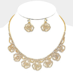 Beautiful Crystal Rose Collar Necklace Set