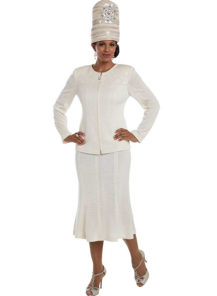 "Beautiful White Italian Designer Knit Suit ""High End"" & Matching Hat"