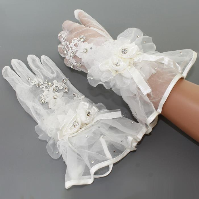 Beautiful White Rose & Crystal Gloves